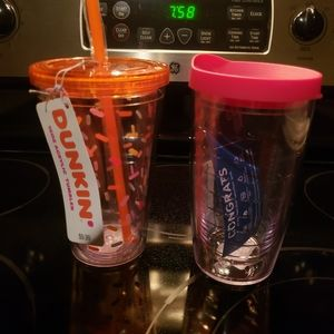 2 dunkin donuts cups